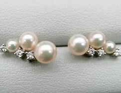 真珠ピアスダイヤ付き K18WG