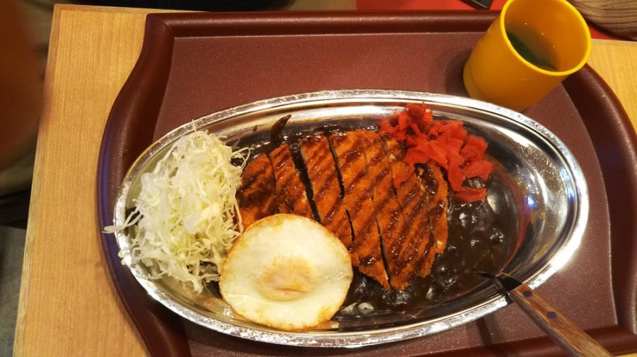 初ゴーゴーカレー 新潟県三条市にあるザ・ゴールド 三条店の画像1