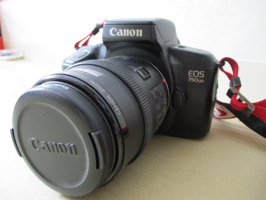 CANONカメラの買取実績【北見店/北海道/北見市】 北海道北見市にあるザ・ゴールド 北見店の画像1