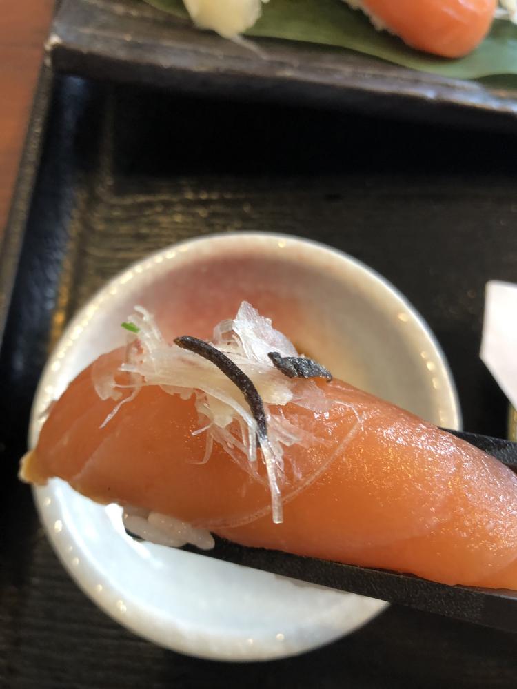 リバウンド対策!!  & 秋鮭& 焼肉 & 札幌夜景スポット紹介!!! 北海道札幌市にあるザ・ゴールド 新川店の画像5